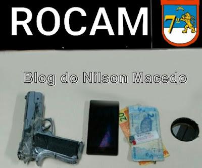 OURICURI-PE: ROCAM apreende dupla com simulacro de arma de fogo e recupera objetos roubados