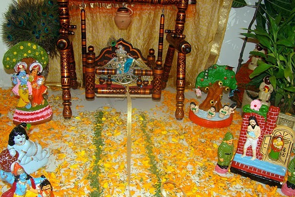 Janmashtami jhanki pics images quotes sms messages wishes hamara hindustan Home decoration tips in marathi