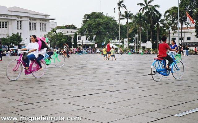 Plaza-Fatahillah-Yakarta