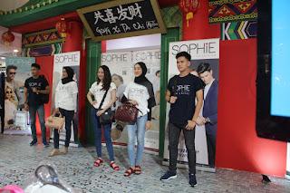 fashion show hadiah valentine