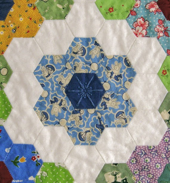 Grandmothers Flower Garden hexie quilt, Robin Atkins, quilted rings