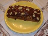 Bizcocho de Nata y Nueces Cubierto de Chocolate