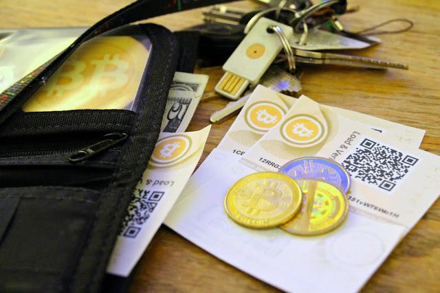 Phân biệt ví, phần mềm ví, và blockchain