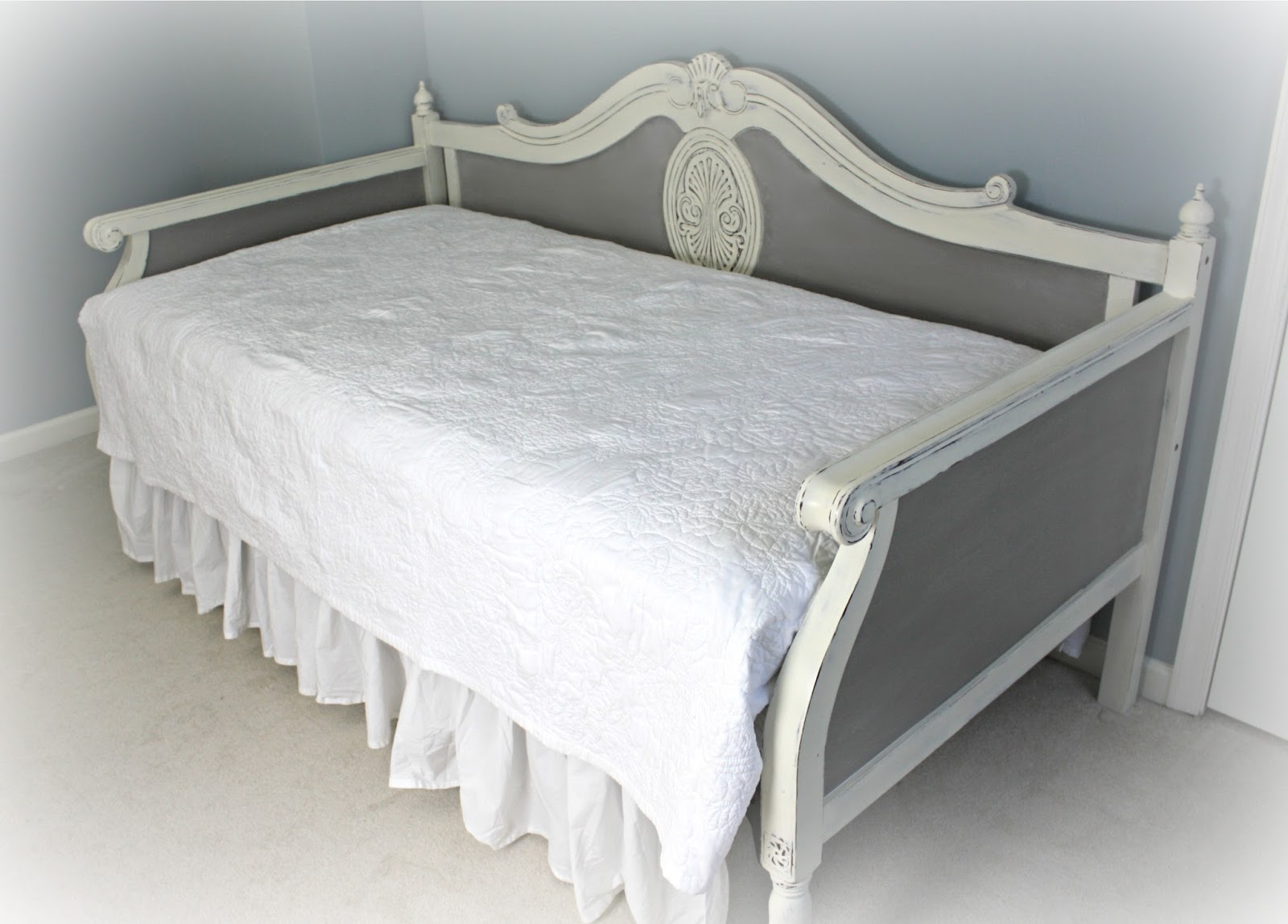 Daybed painted in French Linen and Old White