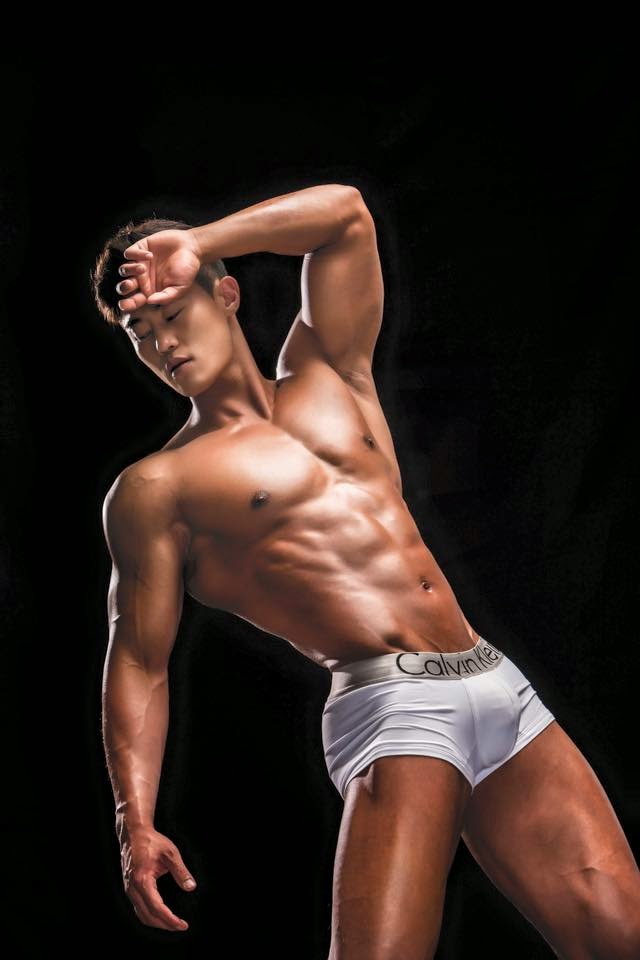 Muscles Asian 63