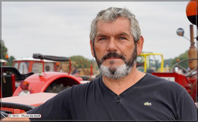 Pascal Boulon expose un Massey-Ferguson aux Vieilles Machines