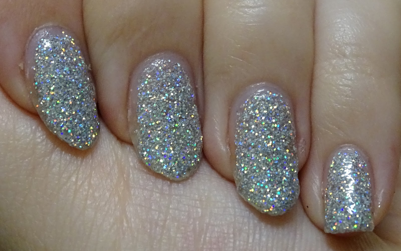 Das Mini bloggt: [Nagellack] p2 Hypnotic Lights 020 looking glass