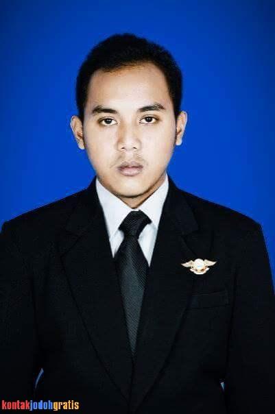 Achmad Riffai Karyawan Swasta Cari Jodoh Serius 2018
