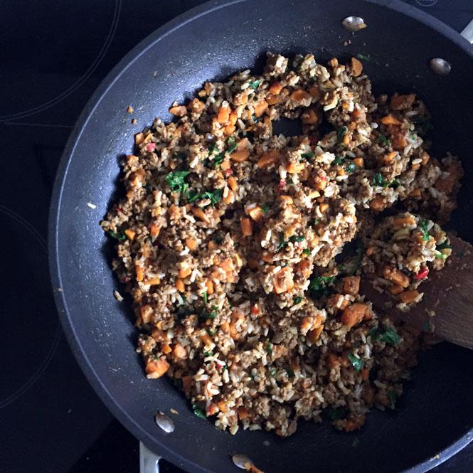 Sensationelle Samosas mit Rindfleisch und Süßkartoffel nach Jamie Oliver / Mo'Beads