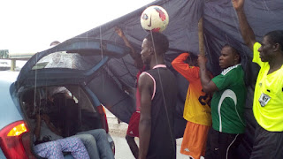 Nigerian Boy Tonye walked 60km with a ball on his head