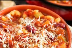 Easy Pasta e Fagioli (Pasta & Beans Soup)