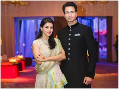 The cosy couple- Asin and Rahul