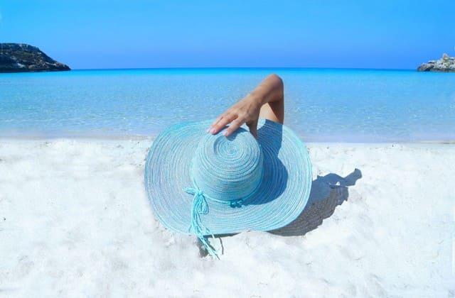 Sunscreen untuk melindungi kulitmu dari sinar matahari