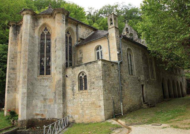 Santuario de la Virgen de Livron donde atendia el B.Palau exilado en Francia.