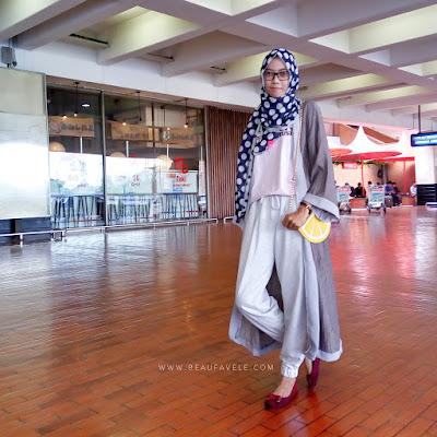 Gaya traveling untuk hijabers 1