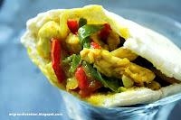 Pita de pollo hindú con verduras