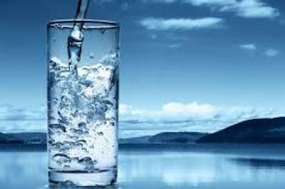 Air Putih Miliki Kandungan Kalsium Melebihi Susu