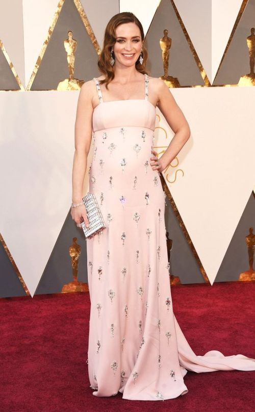 Emily Blunt in a pink Prada dress at the Oscars 2016