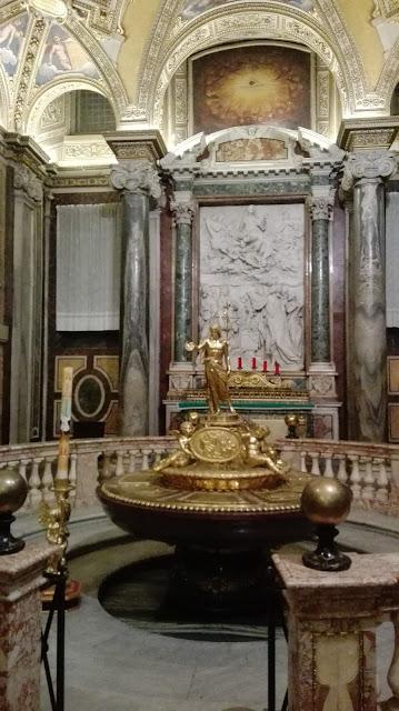 Interieur van de Santa Maria Maggiore