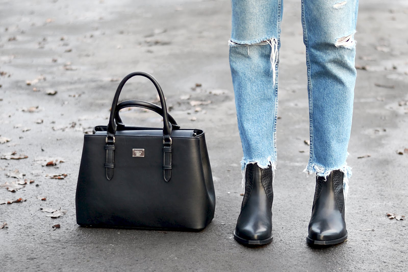 Marc b chats bag, mango ripped jeans, bald. boots