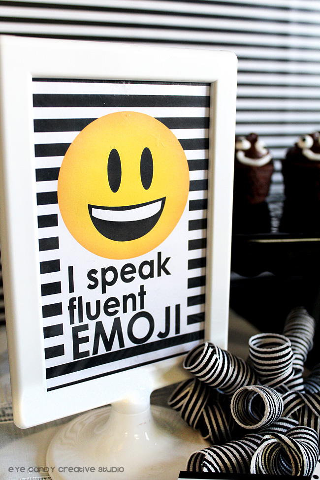 i speak fluent emoji, emoji party sign, emoji birthday party