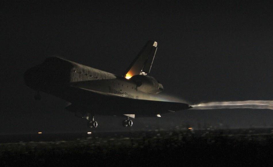 nasa space shuttle landing on earth - photo #9