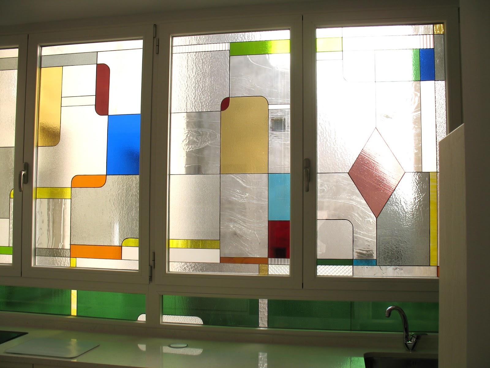 Opal vidrieras patio de luces for Patio de luces normativa