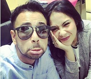 Raffi Ahmad & Nagita Slavina - - Buka Puasa