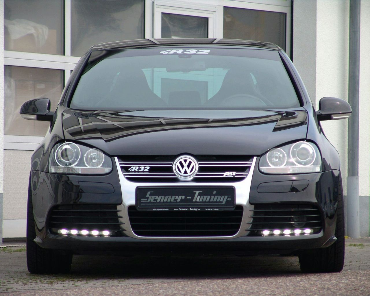 vw golf v r32 by senner tuning car tuning styling. Black Bedroom Furniture Sets. Home Design Ideas