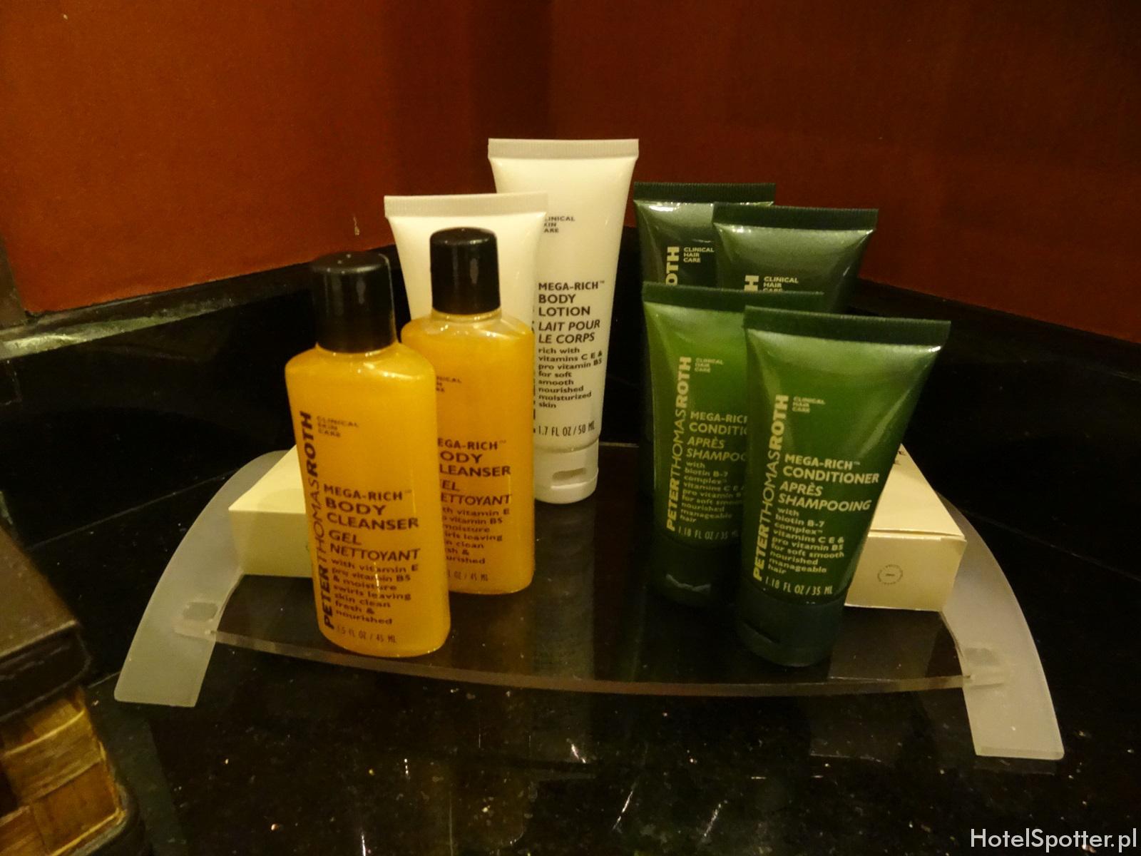 Hilton Warsaw Hotel - kosmetyki lazienkowe