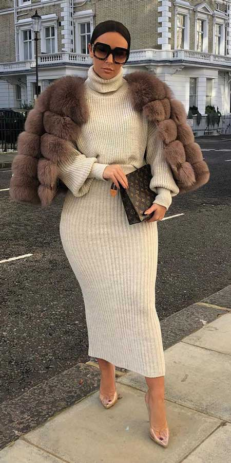 Knit jumper midi co-ord set | From knited jumpers to oversized jumper. Discover these 31 Cute womens jumpers that will totally embrace you. Jumper Outfits via higiggle.com #jumper #winterwear #style #cute