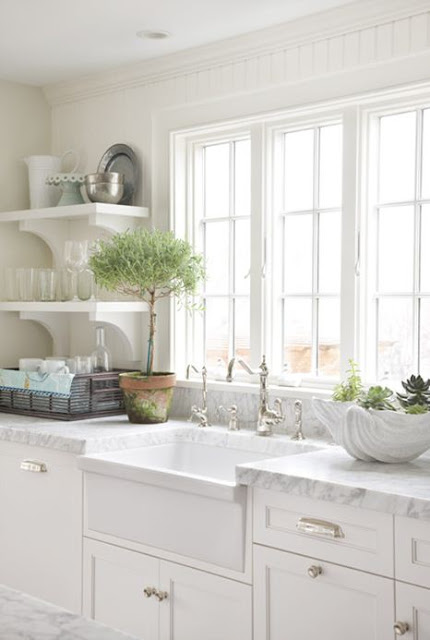 cottage style kitchen beach house coastal living sink under window