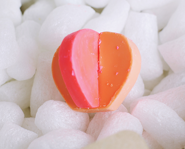 Lush Two Hearts Beating as One Bath Melt Review