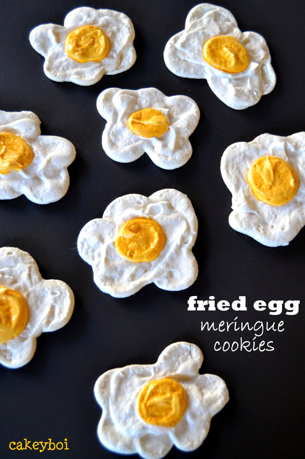 meringues that look just like a fried egg