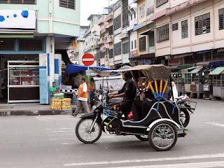 Angkutan/kendaraan umum di kota Medan - Becak Motor (Betor)