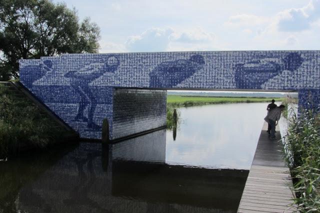 Tegeltjesbrug Elfstedenmonument