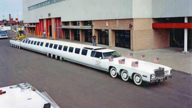 Mobil Limusin terpanjang