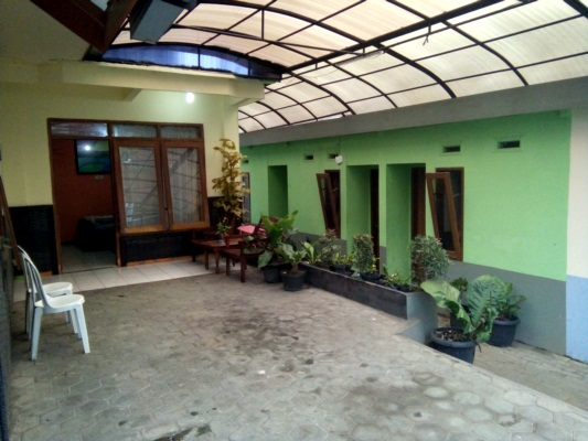 Homestay Family Room Batu Malang