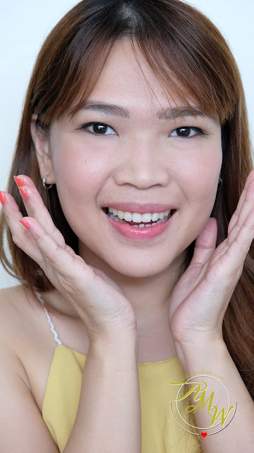 a photo of askmewhats Nikki Tiu wearing Palladio I'm Blushing! 2-in-1 Cheek and Lip Tint Review