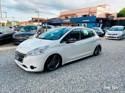 """Peugeot 208 Rebaixado Rodas 17"""""""