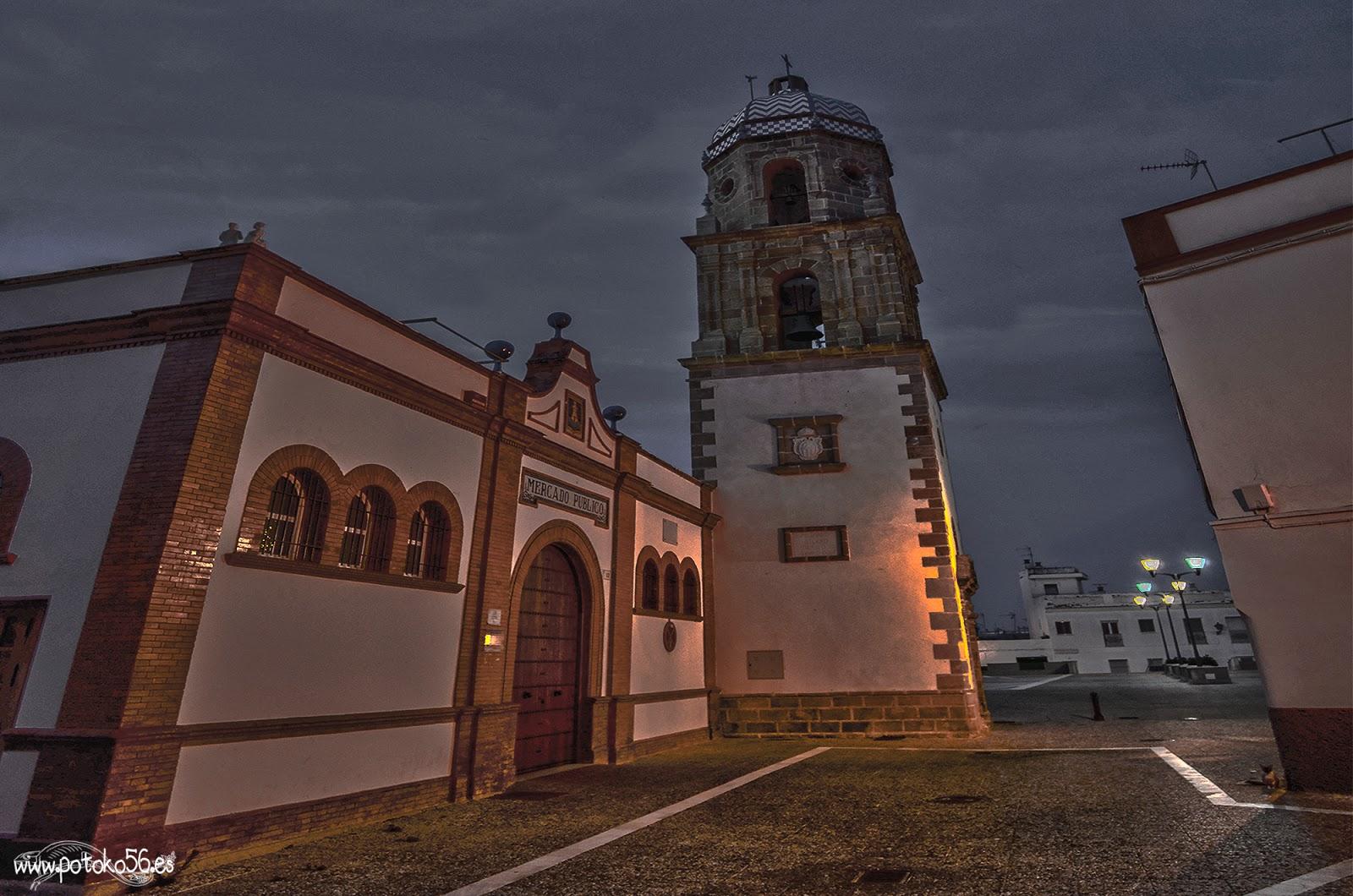 Torre de La Merced y Plaza de Abastos Rota
