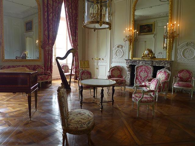 salon du petit trianon
