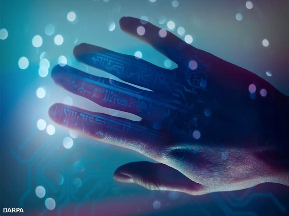 يد اصطناعية قادرة على الحركة والإحساس أيضاً !