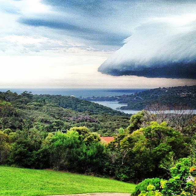 3.) Cloud mothership moving in over Sydney, Australia. - These Clouds Are Scary As Hell. Better Bring An Umbrella.