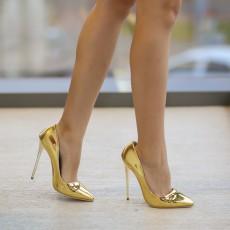 Pantofi aurii cu toc inalt ieftini de ocazii online