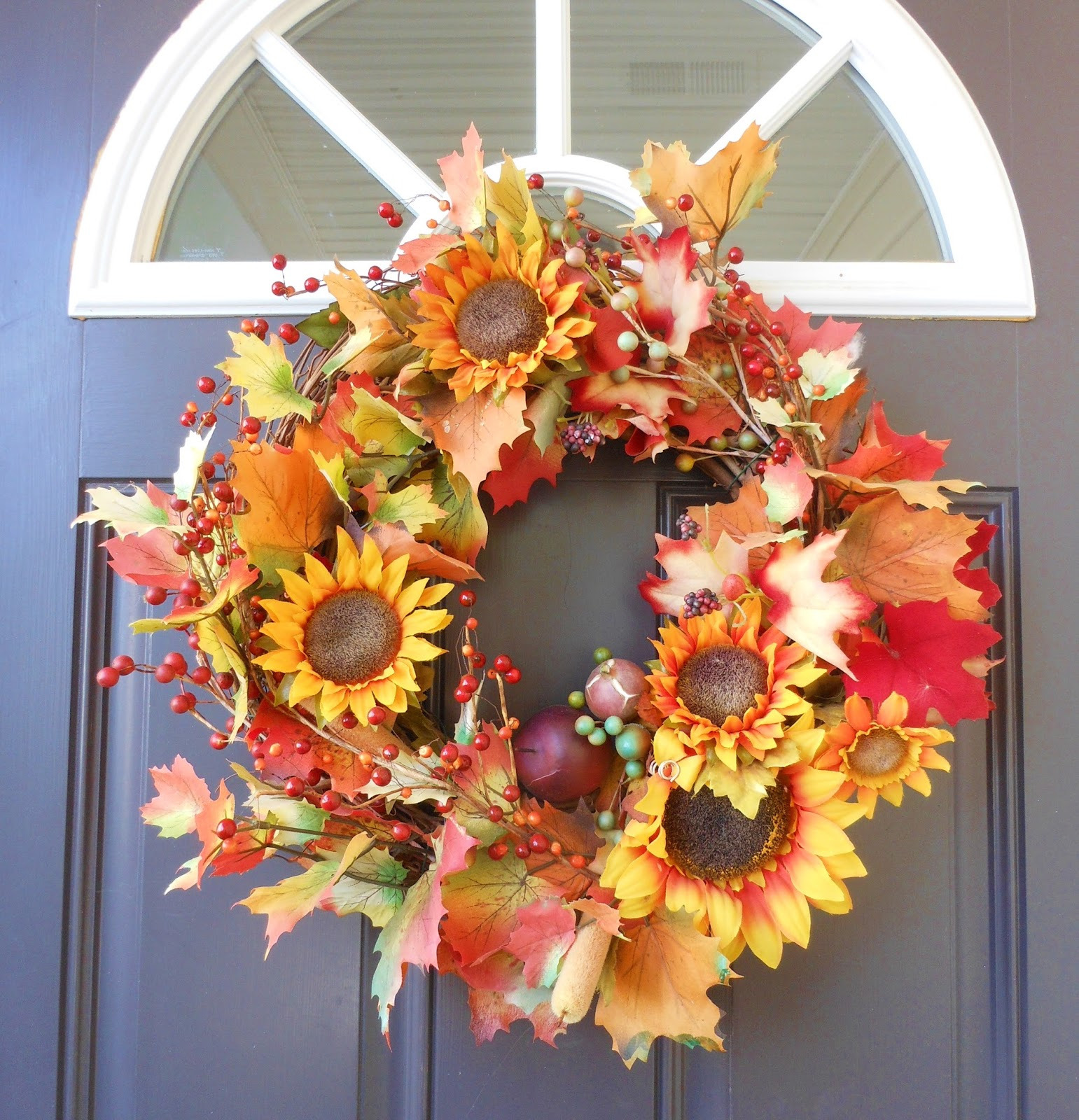 Thoughts & Tales Of One New Mommy: DIY: Fall Foliage Wreath