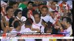 """Viral Video Jokowi Dicium Seorang Pria yang Kemudian """"Dihajar"""" Paspampres"""