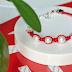 DIY: Červený náramok s perlami
