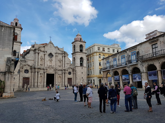 Praça da Catedral de Havana - Habana Vieja - Cuba