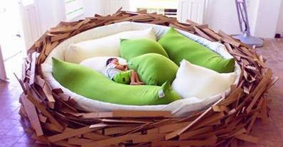 http://noctomic.com/unique-and-coolest-beds-ever/unique-coolest-beds-ever-birds-nest-bed-ideas/